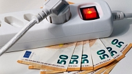 Vai elektroenerģijas tirgotājs drīkst pārskatīt fiksētu cenu vai izbeigt līgumu vienpersoniski?