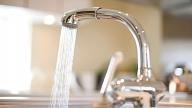 Precizē ūdens patēriņa starpības sadales kārtību dzīvokļu īpašnieku valdījumā pārņemtajām mājām