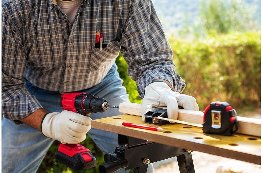 Kā izvēlēties galvenos darbarīkus mājas remontdarbiem? Iesaka speciālists