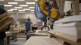 Ekonomists: Latvijas ražotāji arvien vairāk izjūt globālās ekonomikas bremzēšanos