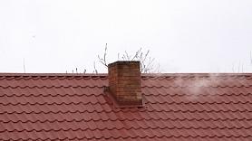 Ar gadiem pārbaudītu pieredzi dūmvadu tirgū un skārdnieku pakalpojumu sniegšanā