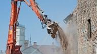 Liepājā pabeidz veco TEC ēku nojaukšanu