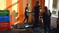 Ventspils. Atklāj jaunu atlētikas un aerobikas zāli